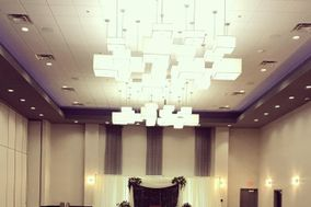 Holiday Inn Express & Dakota Dunes Event Center