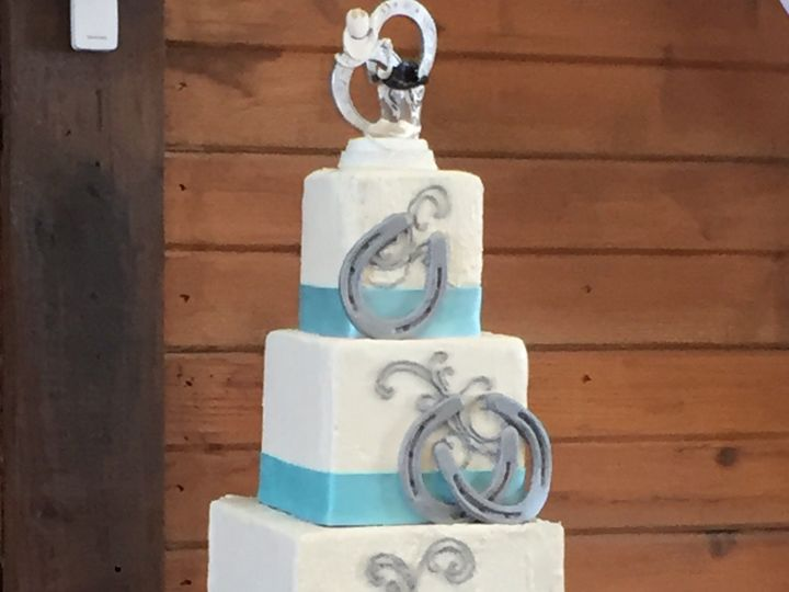 Tmx Img 2443 51 957398 160551062455603 Tulsa, OK wedding cake