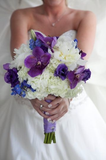 White and violet wedding bouquet