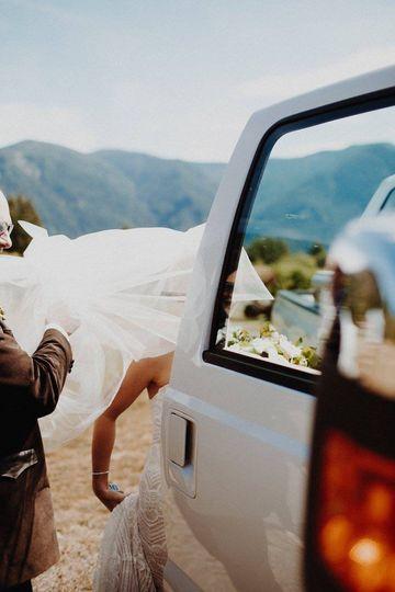 Bride heading to the ceremony