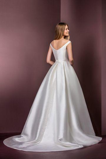 Global Bridal Gallery, LLC