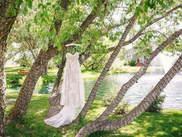 Tmx Angela Drew Getting Ready 002 Websize 51 207498 158750841956368 Larkspur, Colorado wedding venue