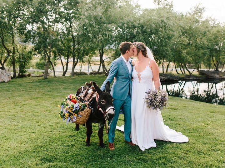 Tmx Laura Heath Wedding Previews 20 2 51 207498 158750618260019 Larkspur, Colorado wedding venue