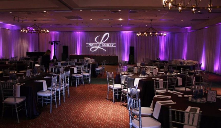 This reception used all four banquet rooms that are available. Photograph credit: Elite...
