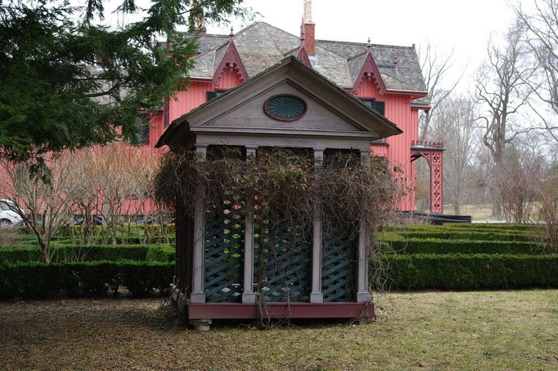 roseland cottage garden house