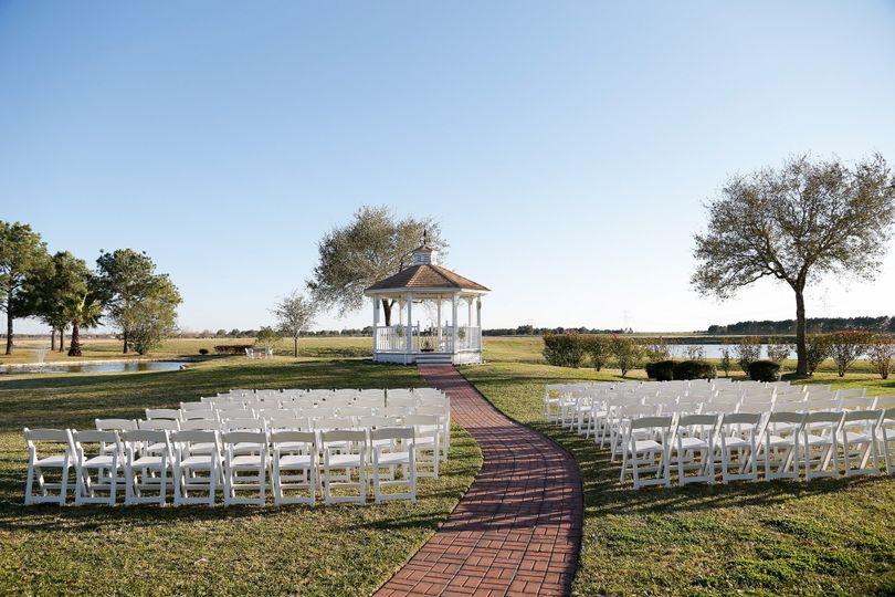 800x800 1425356258128 austinkenny 1356 800x800 1425356479090 indoor wedding