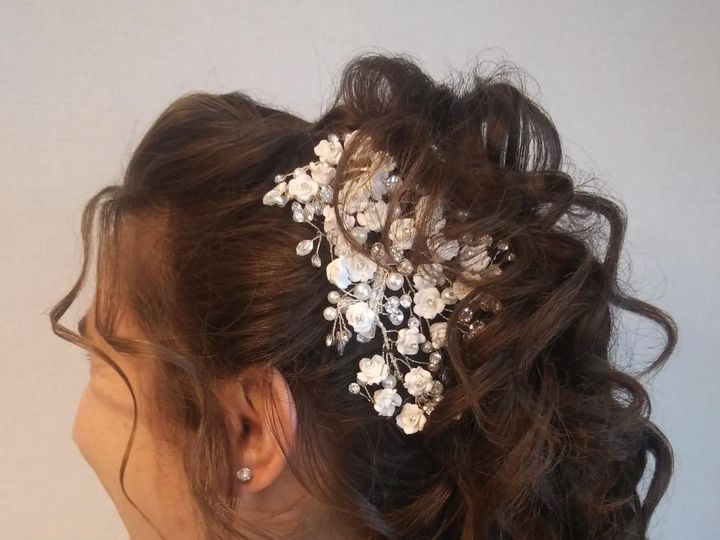 Tmx Updo112020 51 656598 157850573569490 Baltimore, Maryland wedding beauty