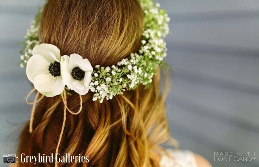 Flower crowns are wonderful for a bride, bridesmaid, or flower girl
