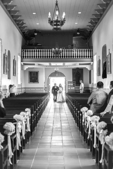 Wedding ceremony - photo by laura hernandez photography