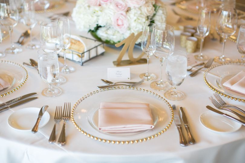Wedding plate - photo by laura hernandez photography