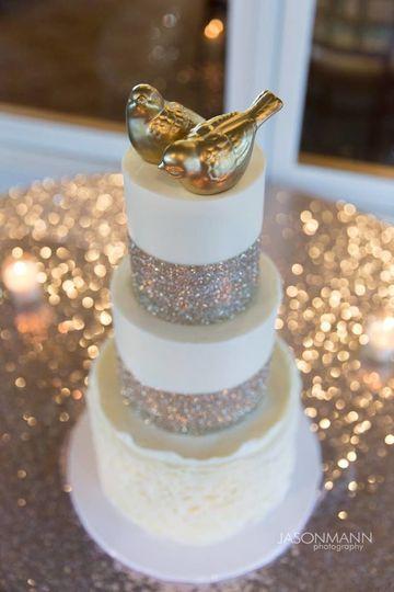 Wedding Cake by FlourGirl Patissier - Alea & Rosen - Jason Mann Photography