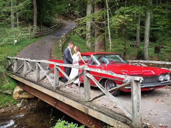 Tmx Img 20181014 155924 650 51 1012698 Weaverville wedding transportation