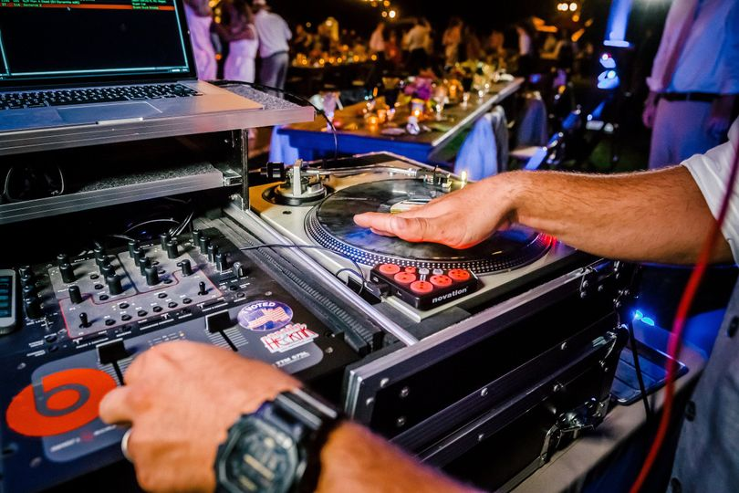 DJ  intrument