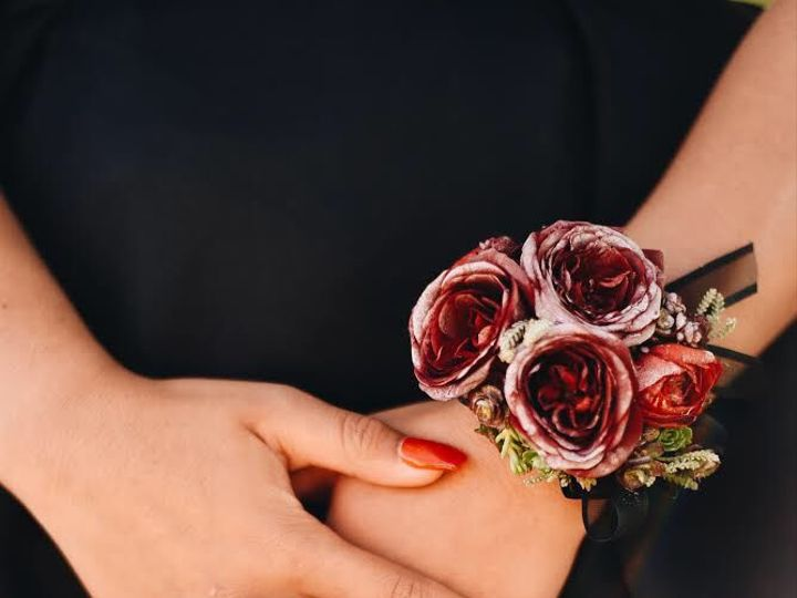 Tmx 1529699080 310244bebb1a8a0a 1529699079 0b10ef627ef03533 1529699076587 5 EA28F202 EAA7 432C Alexander, NC wedding florist