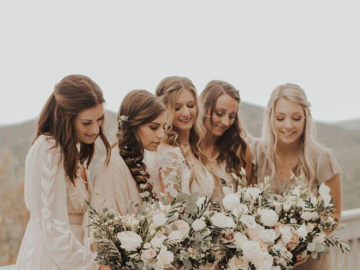 Tmx Image5 1 51 1004698 159495426853362 Alexander, NC wedding florist