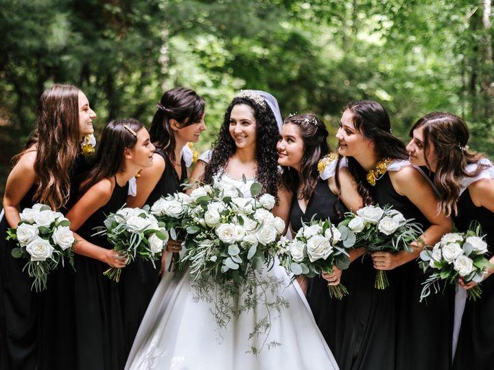 Tmx Img 0653 51 1004698 157789237077228 Alexander, NC wedding florist