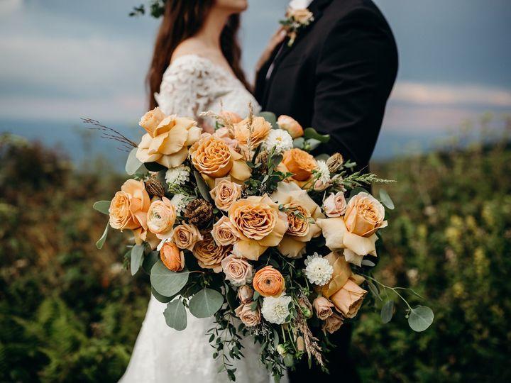 Tmx Img 3759 51 1004698 1569379080 Alexander, NC wedding florist