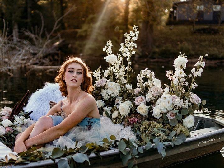 Tmx Img 6388 51 1004698 1571103214 Alexander, NC wedding florist