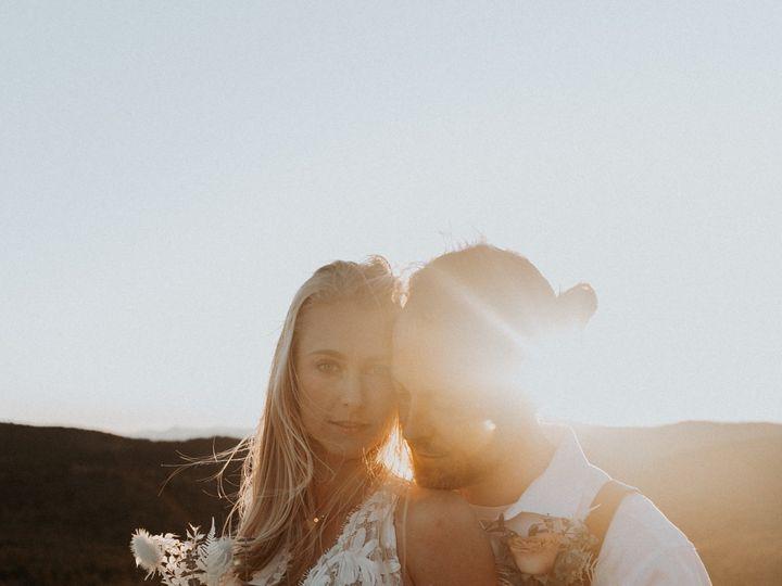 Tmx Img 8238 51 1004698 157495606326441 Alexander, NC wedding florist