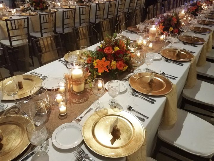 Tmx Burlap Runner Nova Napkin With Ivory Linen 51 76698 1569427919 Medford, NY wedding rental