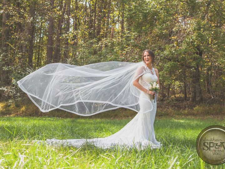 Tmx Spv Bride In Field 51 997698 Acworth, Georgia wedding venue