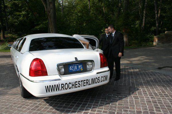 Tmx 1332870869047 IMG1136 Pontiac wedding transportation