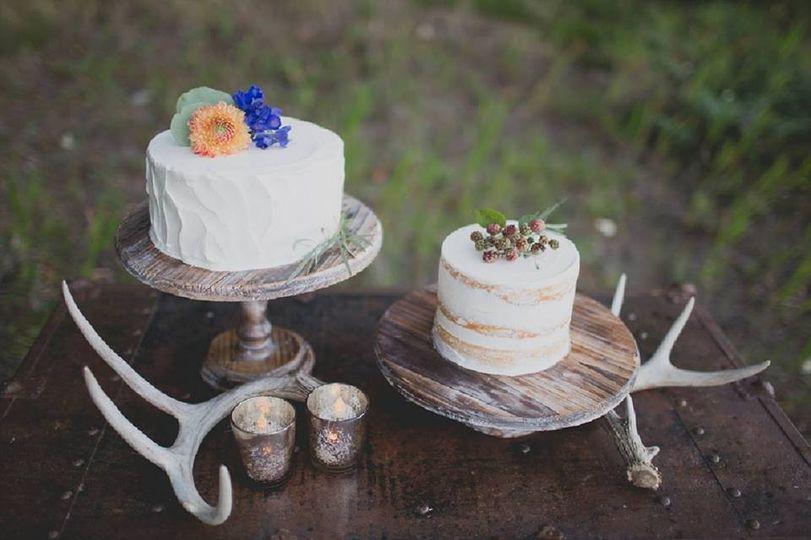 Montana cake table