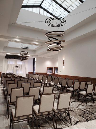 royale atrium wedding ceremony setup15 brightened 2019 51 204798 157850050931460