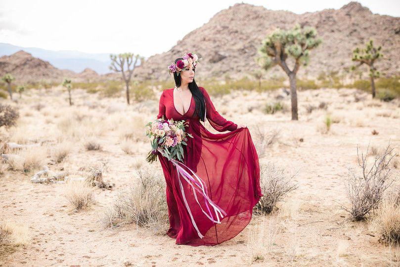 Floral crown and bridal bouquet