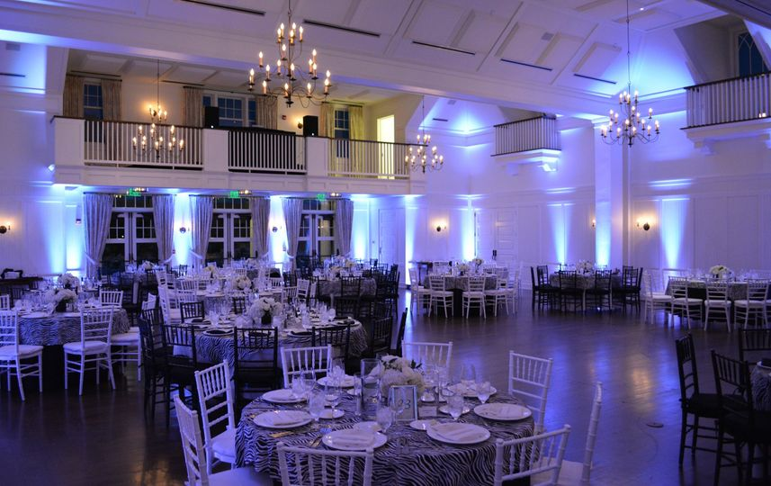 EAST END ENTERTAINMENT (DJs, Bands, Lighting, Strings & Photography)