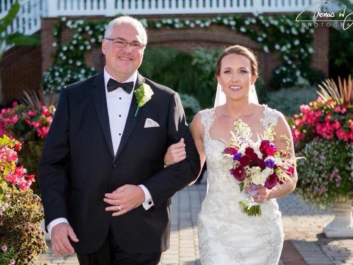Tmx 1530036932 B906769cb66a3c33 1530036931 C16bb1ba1e32b64f 1530036931732 7 22365411 144819211 Lewes, Delaware wedding beauty