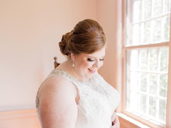 Tmx 1530037269 343c02413716f537 1530037268 014cec18e8da2ad1 1530037268601 11 34721083 16810176 Lewes, Delaware wedding beauty