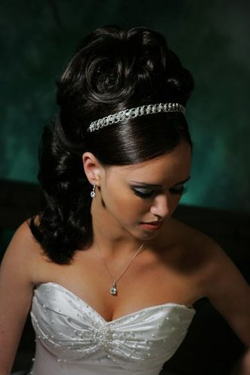 Silver wave headband with delicate Swarovski crystals