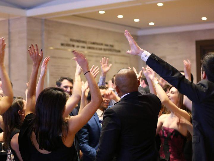 Tmx Raise Your Hand 11 24 18 51 111898 Havertown, Pennsylvania wedding dj