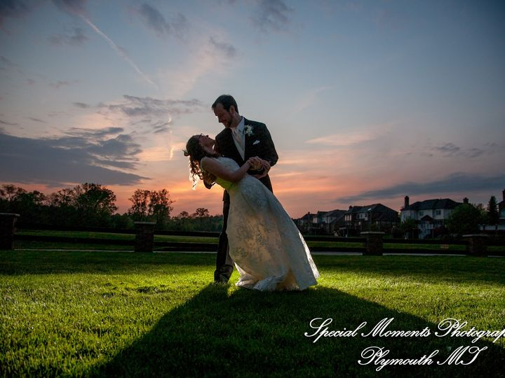 Tmx 5003 9332 Lindsey Matt Northville Hills Golf Club Mi Wedding 51 44898 158421252656347 Northville, MI wedding venue