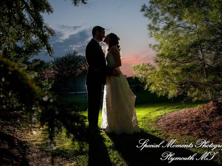 Tmx 5005 9332 Lindsey Matt Northville Hills Golf Club Mi Wedding 51 44898 158421252657661 Northville, MI wedding venue