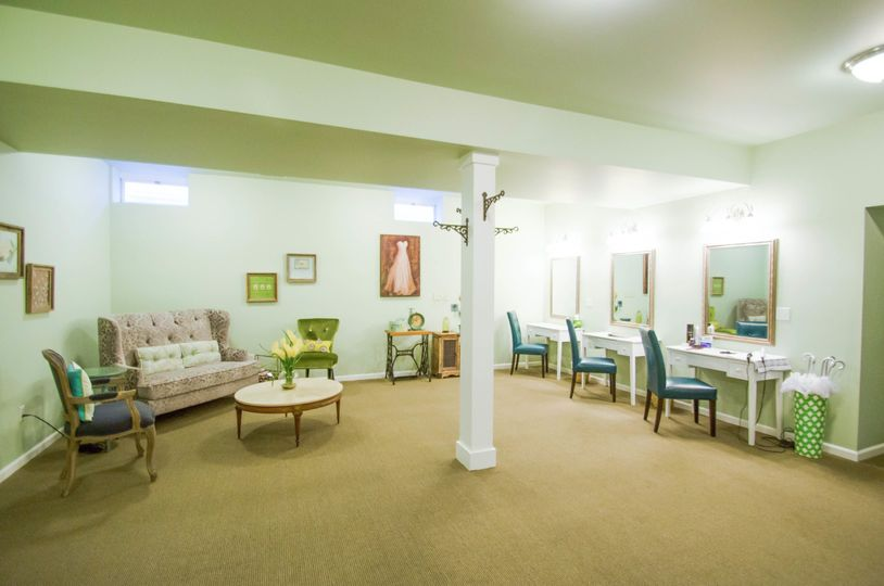 Chapel - Bridal Lounge