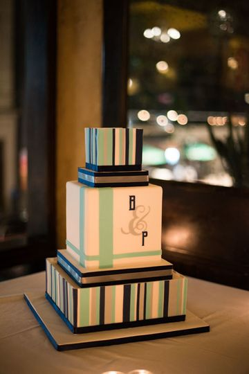 Box wedding cake