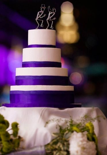 White and violet wedding cake
