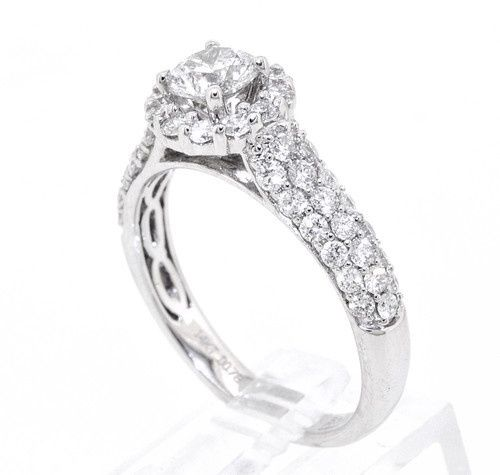 Looking for a style like this? Let us know what your taste is like!   Round Diamond weight:0.54...