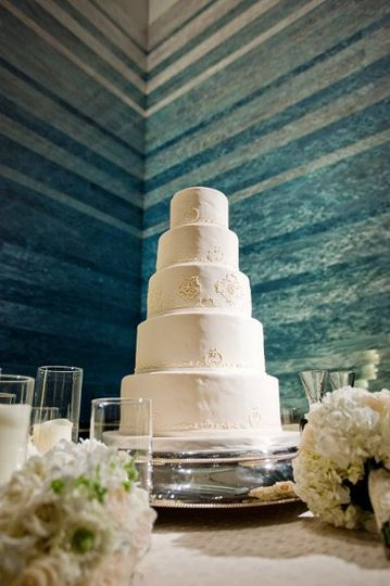 "Wedding Cake by ""Stacked Waters"" installation, photo by Photography by Vanessa"