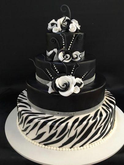 Monochrome modern wedding cake