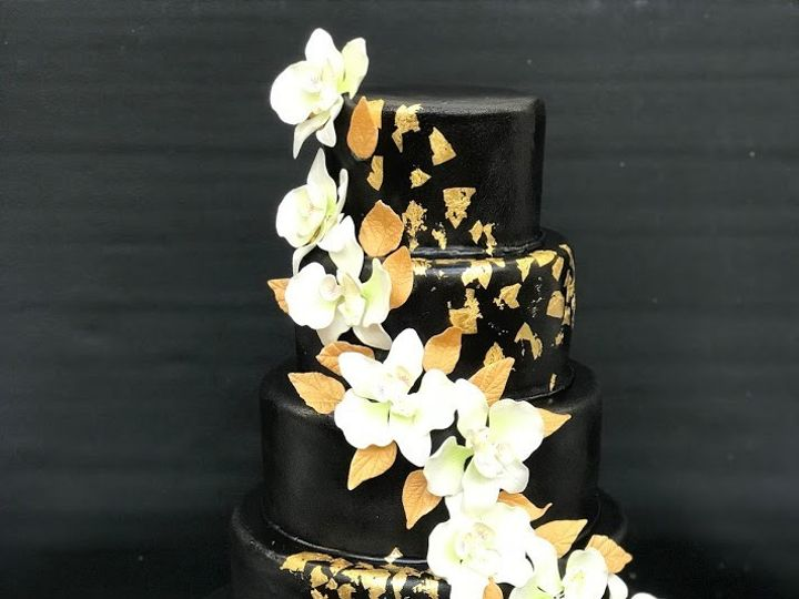 Tmx Black 51 31998 157901746767874 Portland, OR wedding cake