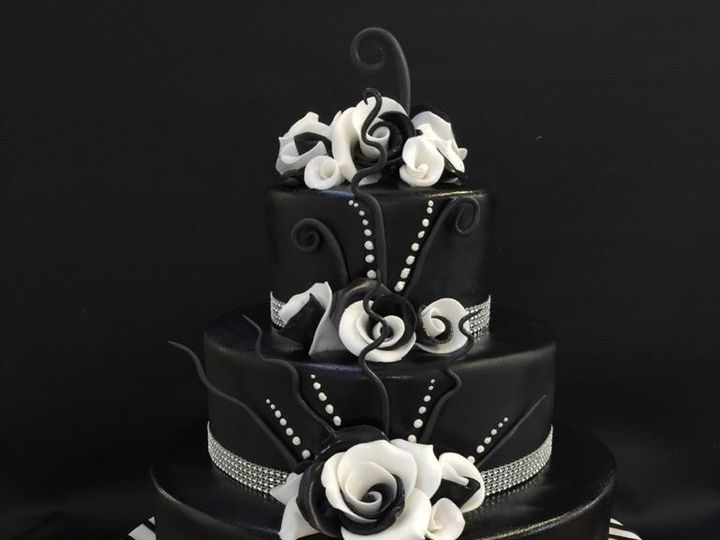 Tmx Classic Black And White 51 31998 157927822065272 Portland, OR wedding cake