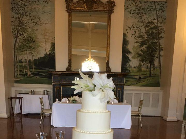 Tmx Lily Wedding 51 671998 Georgetown, Kentucky wedding cake