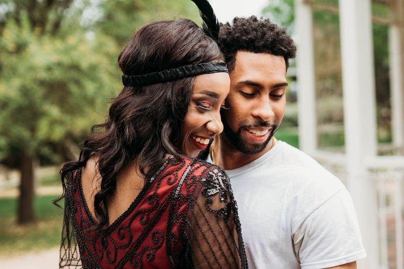 Waco couple embracing