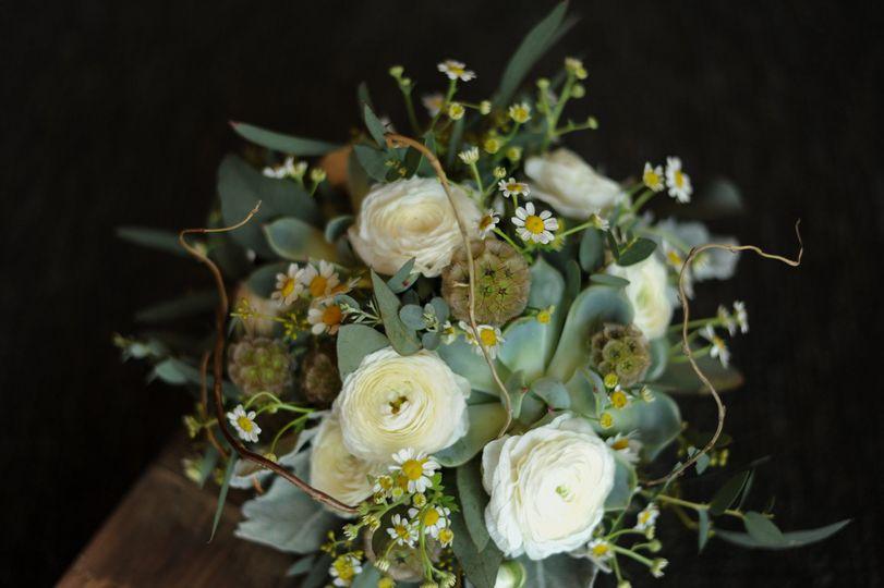 35a49aedb19ff722 Ryan Anna Wedding Getting Ready Details 0049