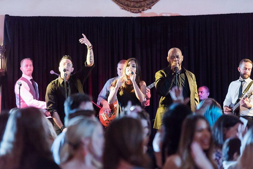 Static Dance Band Wedding