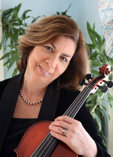 Carol Briselli, viola