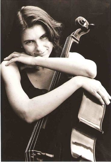 Vivian Barton Dozor, cello